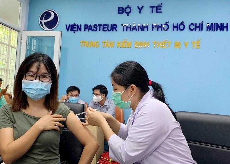 TP.HCM kiến nghị Thủ tướng cho phép doanh nghiệp được chủ động mua vắc xin