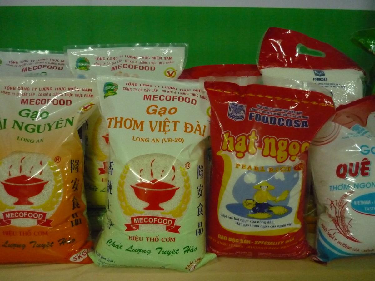 """Thị trường gạo nội địa: """"Miếng bánh"""" ngon nhưng không dễ ăn được"""