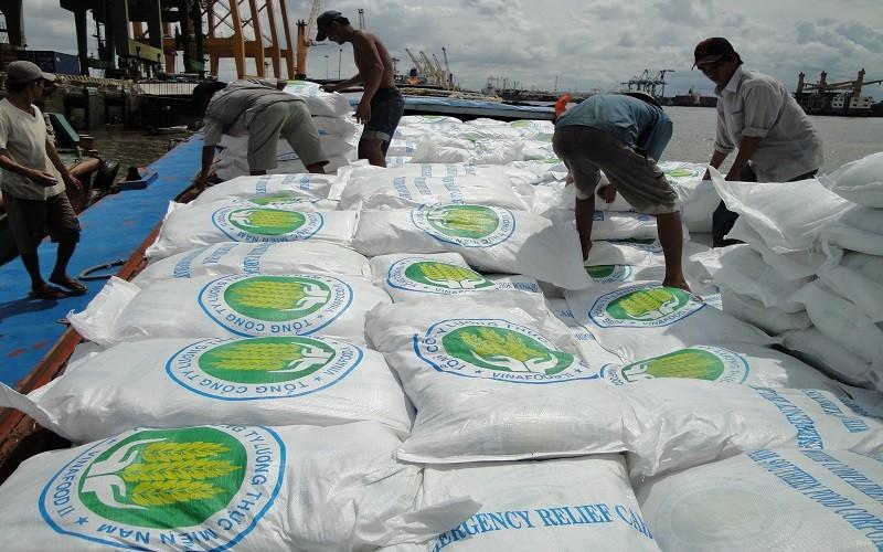 Giá lúa gạo đang sụt giảm chỉ là tạm thời