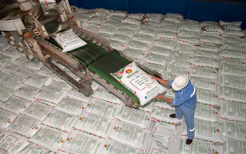 PVCFC: Giảm mục tiêu xuất khẩu, tập trung thị trường trong nước để hạ nhiệt giá phân bón