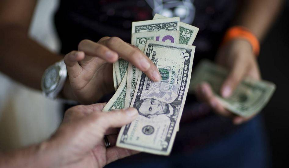 Đồng USD tăng tuần thứ 3 liên tiếp