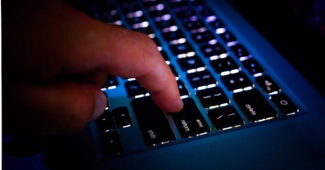 """[Ứng dụng cuối tuần] """"Chiêu"""" bảo vệ laptop trước nguy cơ bị trộm"""