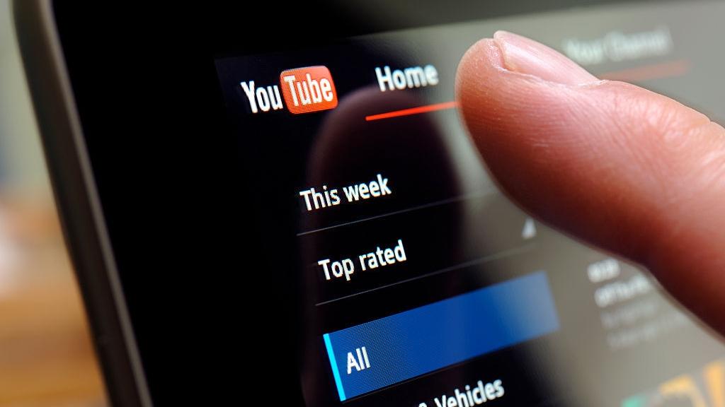 Nhờ đâu Youtube kiếm được 15 tỷ USD trong năm 2019?