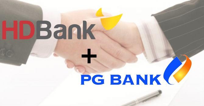 """""""Ôm trọn"""" 2 ngân hàng, HDBank lọt Top 10 ngân hàng Việt"""
