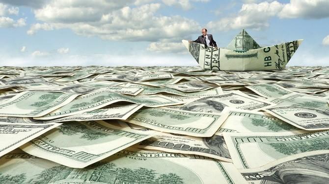 """[BizDEAL] Chi hơn nghìn tỷ mua lại """"hàng ế"""" năm 2014"""