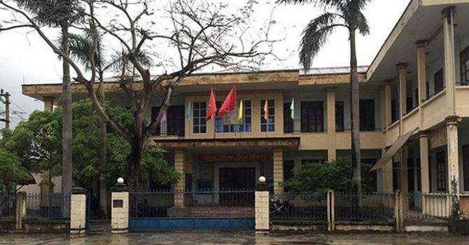 Chủ tịch Quảng Bình yêu cầu làm rõ vụ xã trích tiền đền bù đi du lịch