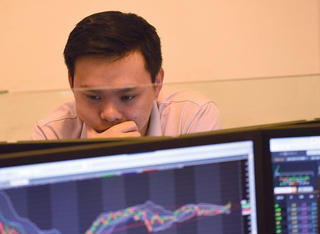Tháng 3, nhà đầu tư chờ cơ hội sáng