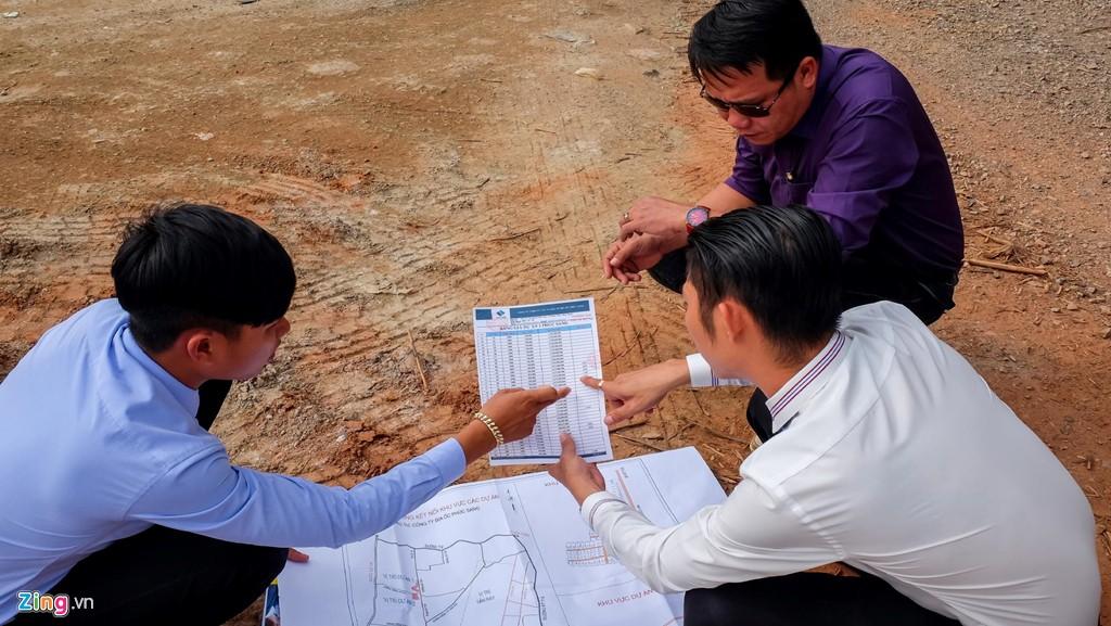 """Lập dự án """"ảo"""" để phân lô bán nền ăn theo sân bay Phan Thiết"""