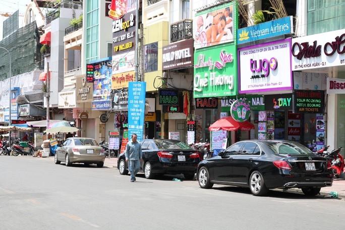 Mở rộng thu phí ôtô đậu dưới lòng đường toàn địa bàn TP.HCM