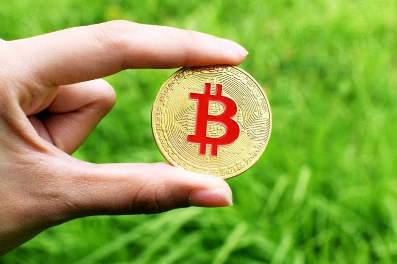 Bitcoin vượt ngưỡng 9.500 USD