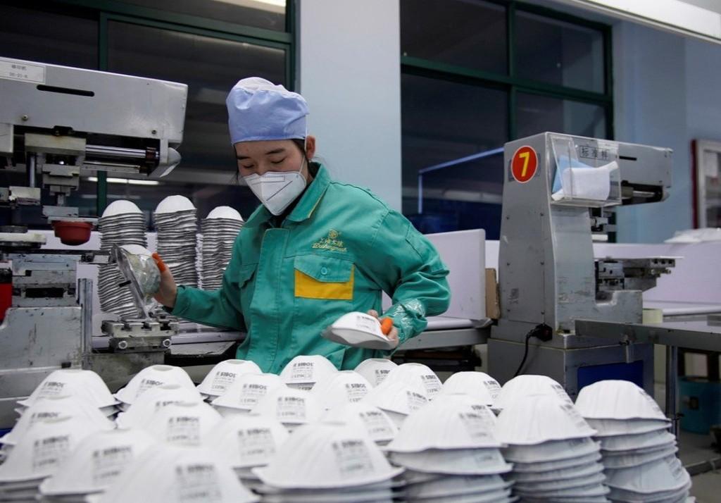 Chất lượng tệ hại của ngành sản xuất khẩu trang Trung Quốc