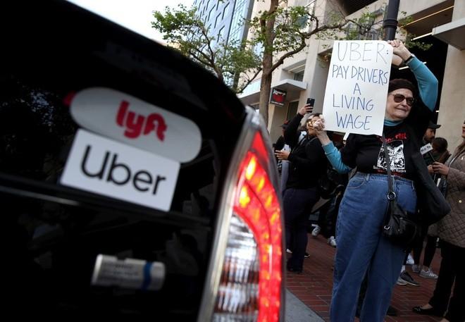 Xem tài xế là đối tác, Uber và Lyft bị kiện