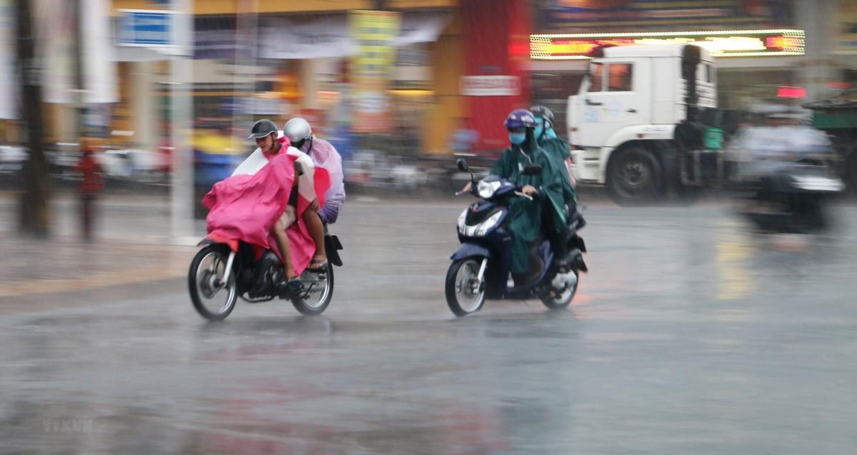 Tuần tới: Bắc Bộ mưa dông rải rác, Trung Bộ và Nam Bộ nắng nóng diện rộng