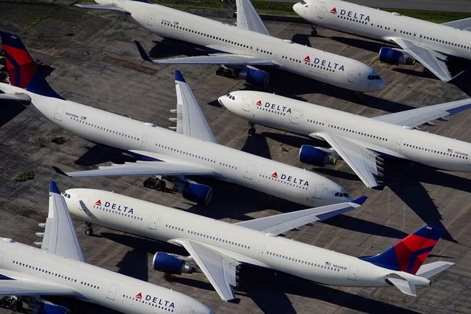 Tố cáo Trung Quốc ngăn cản các hãng bay nối lại dịch vụ, Mỹ đe dọa trả đũa