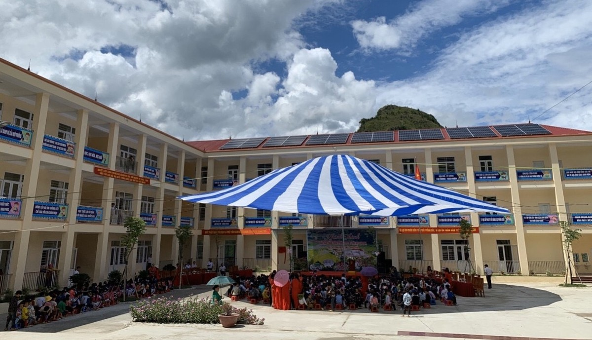 Eurowindow tài trợ hàng tỷ đồng xây trường học tại Yên Bái