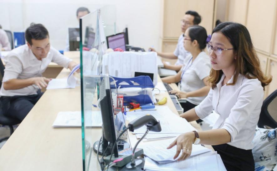 Kéo dài thời hạn nâng lương đến 1 năm khi công chức bị kỷ luật