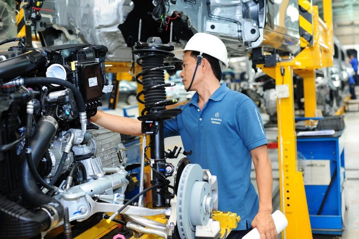 Mục tiêu tăng năng suất lao động bình quân trên 7,5%/năm, đóng góp 50% vào tăng trưởng kinh tế
