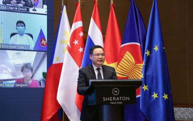 Lao động di cư lấp đầy khoảng trống về việc làm cho các quốc gia ASEAN