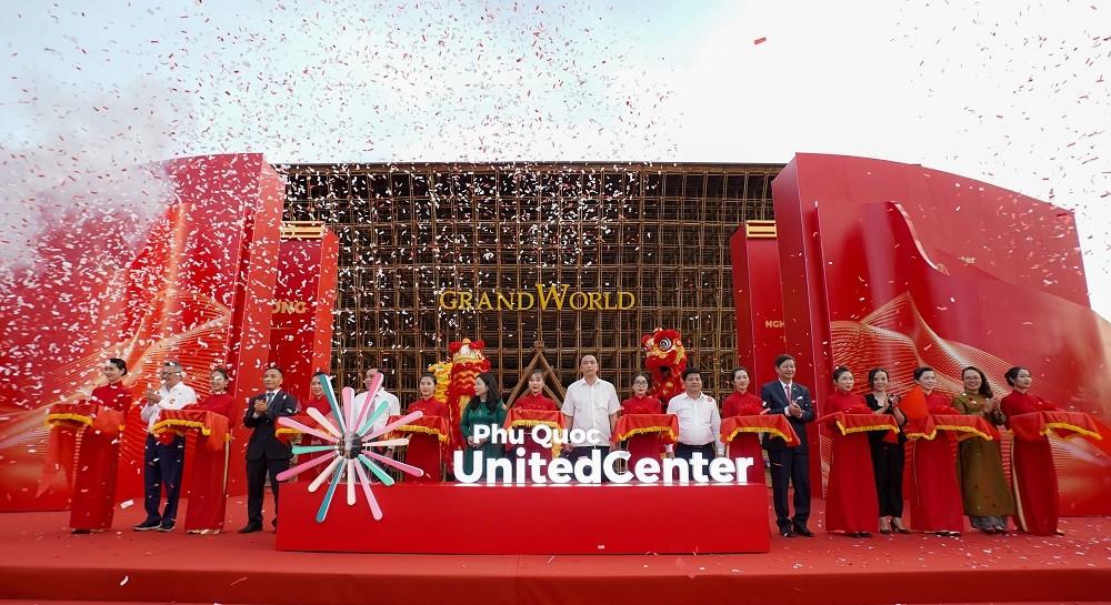 Vingroup khai trương siêu quần thể nghỉ dưỡng, vui chơi, giải trí hàng đầu Đông Nam Á tại Phú Quốc