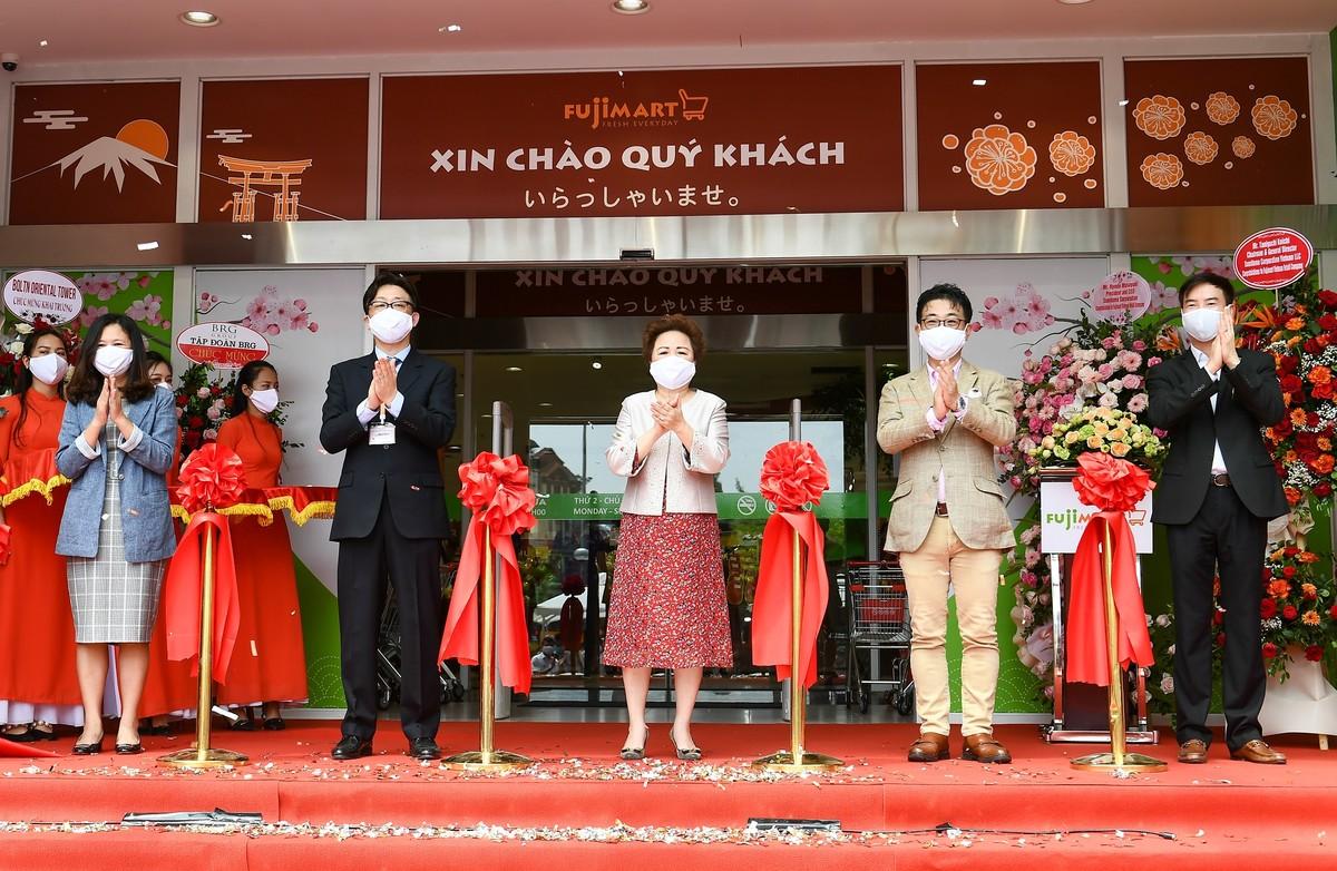 Chính thức khai trương siêu thị FujiMart thứ 3 tại 324 Tây Sơn, Hà Nội