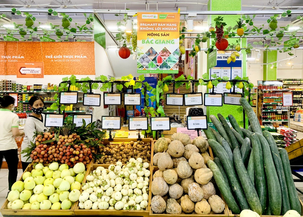 BRGMart bán hàng không lợi nhuận hỗ trợ tiêu thụ nông sản Bắc Giang