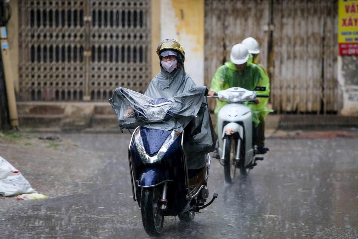 Hà Nội và các tỉnh Bắc Bộ tiếp tục mưa to và dông