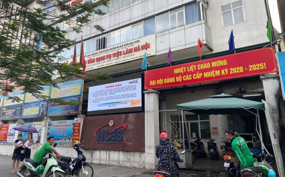 Hà Nội tạm dừng giải quyết hồ sơ bảo hiểm thất nghiệp trực tiếp