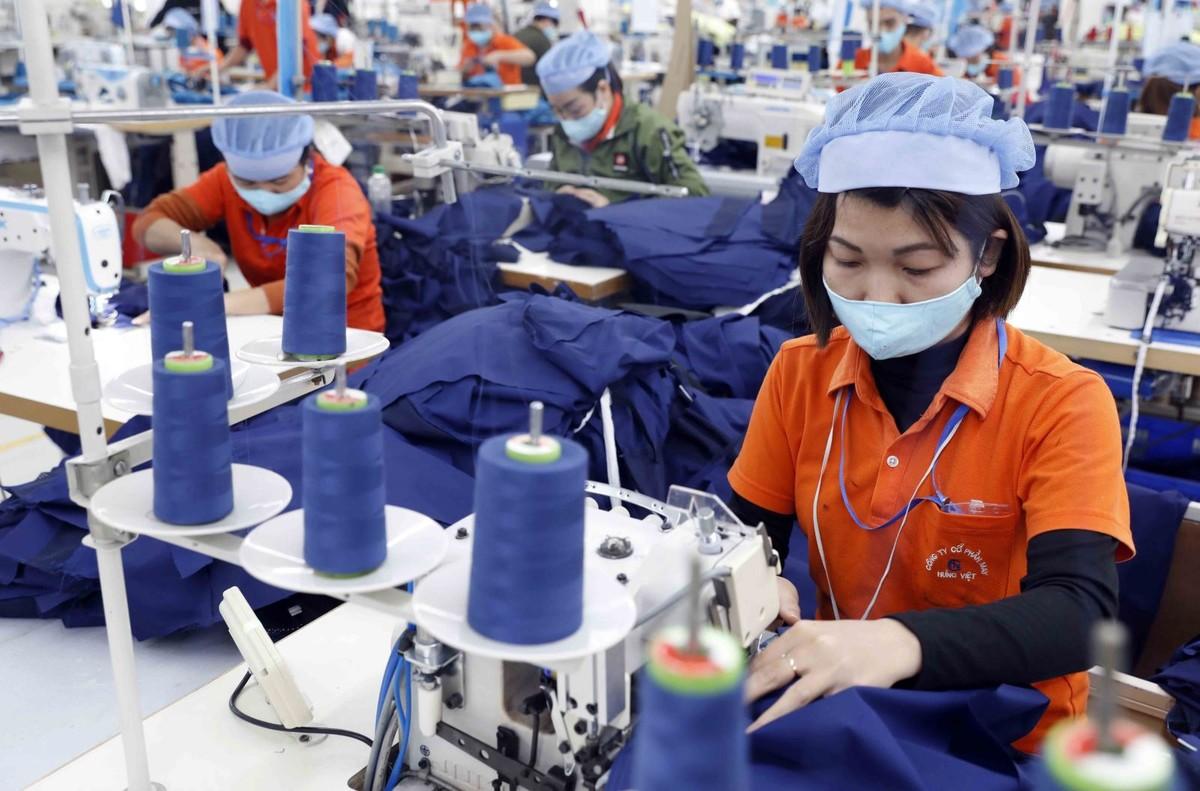 Lao động ngoại vẫn chiếm lĩnh các vị trí khó trong ngành Dệt may