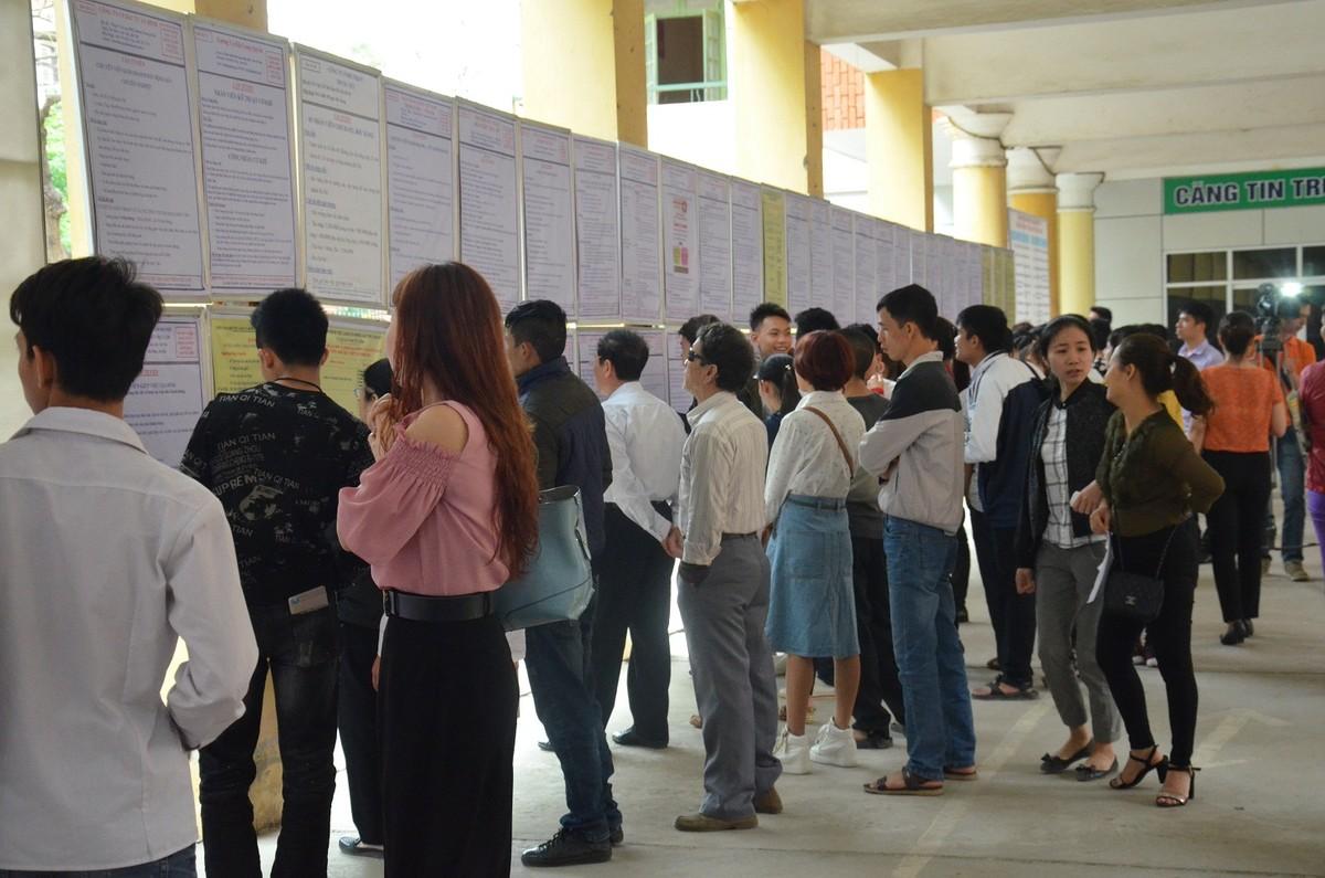 Dịch COVID-19 có thể khiến 8 nghìn lao động Hà Nội bị mất việc hàng tháng