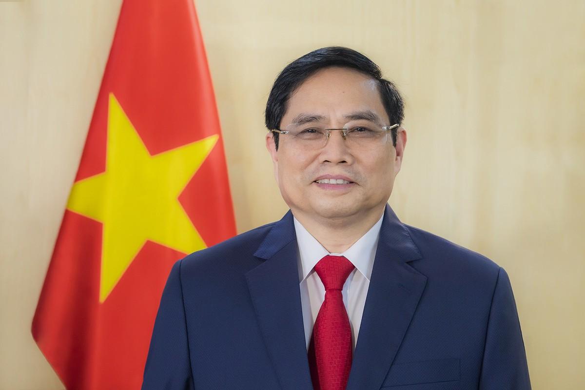 Thủ tướng: Chính phủ sẽ tiếp tục hỗ trợ doanh nhân vượt qua khó khăn, vươn xa hơn nữa