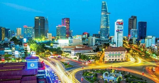 Tính đến 15/8, Việt Nam thặng dư thương mại gần 3 tỷ USD