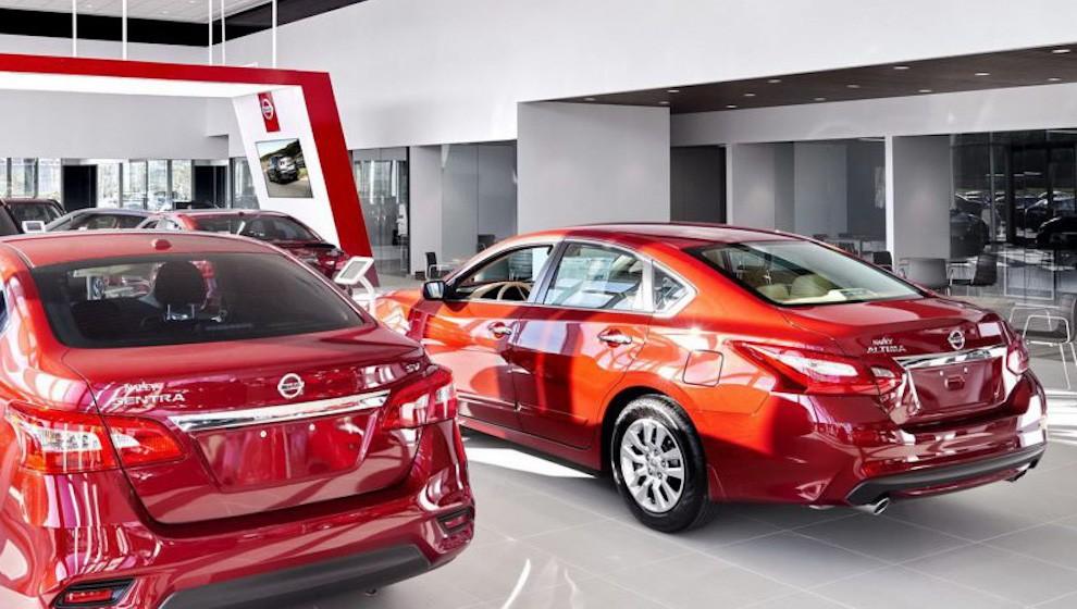 Chỉ được bán hàng 1 tuần trong tháng 4, song doanh số ô tô vẫn bằng 60% tháng trước