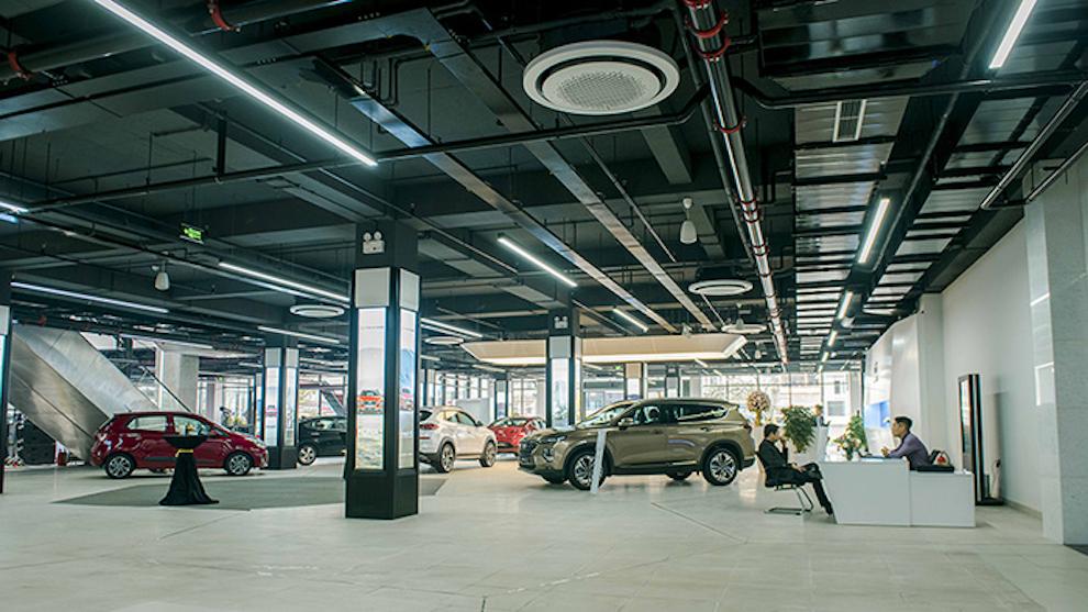 Doanh số bán ô tô của Thaco, TC Motor, Toyota giảm mạnh so với tháng 7