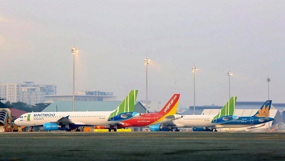 Số lượng chuyến bay tăng mạnh vào dịp Tết, ngày cao điểm lên tới 1.200 chuyến