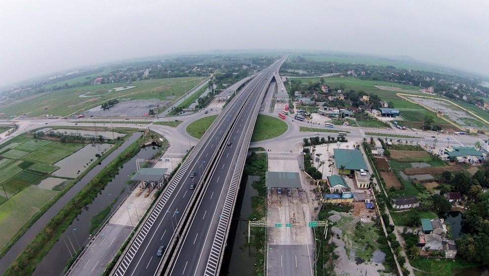 Vì sao dự án nút giao Bến Lức, cao tốc TP.HCM - Trung Lương 12 năm không xây dựng?