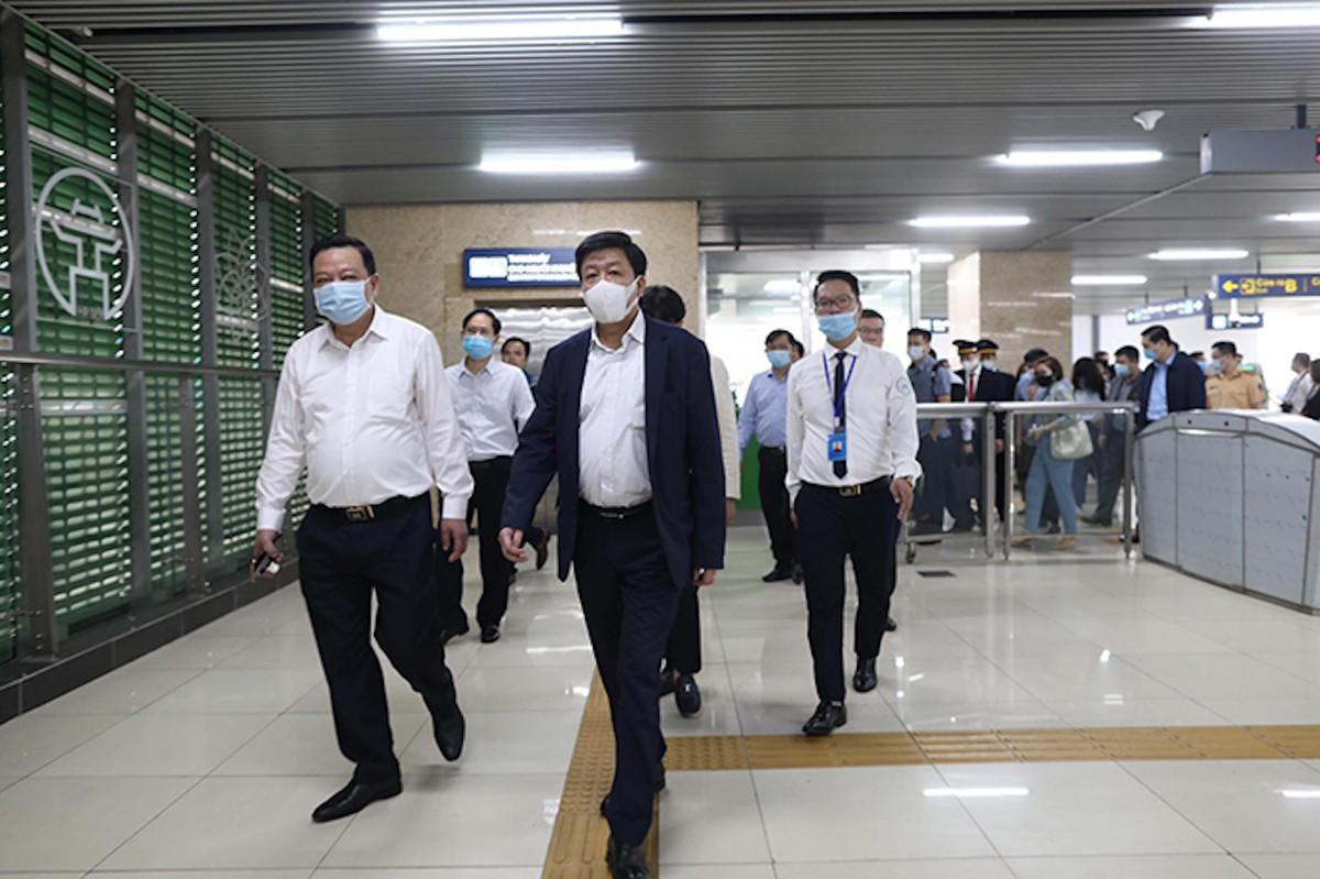 Hà Nội kiểm tra Dự án đường sắt Cát Linh - Hà Đông, sẵn sàng tiếp nhận để đưa vào vận hành