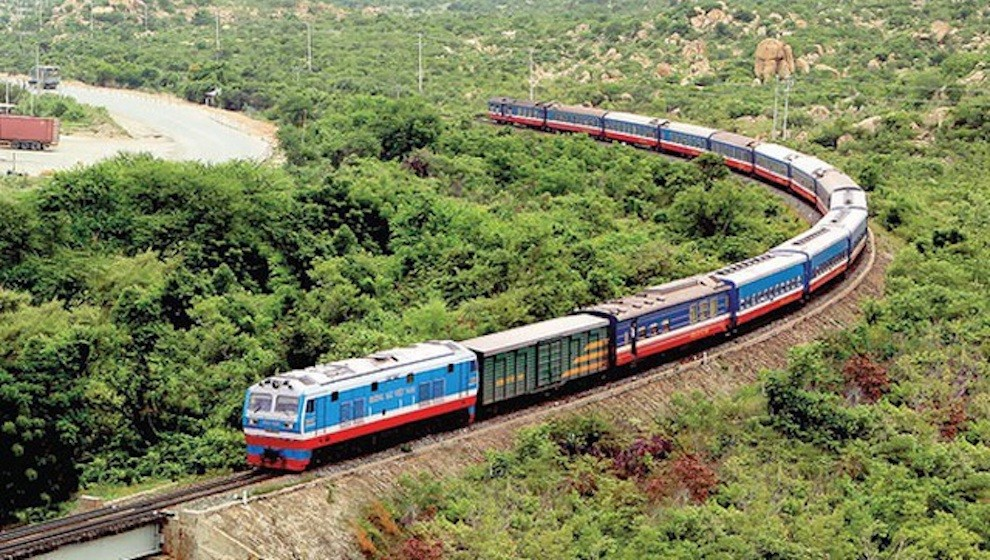 Tổng công ty Đường sắt tiếp tục đề nghị khoản cứu trợ khẩn cấp 800 tỷ đồng không tính lãi