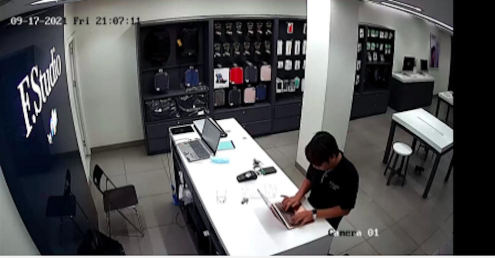 FPT Shop sa thải nhân viên kỹ thuật lấy cắp dữ liệu khách hàng