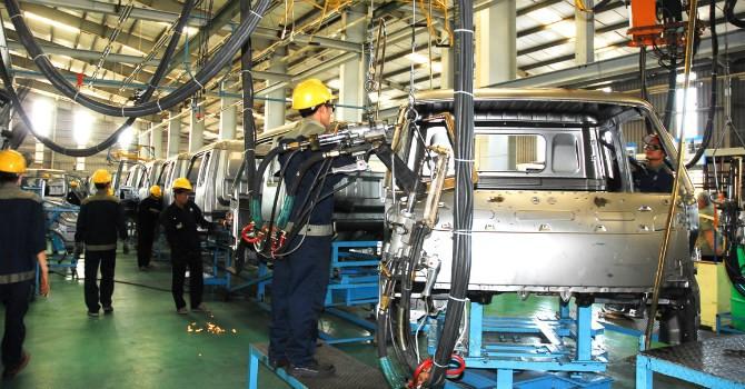 Xe tải Trung Quốc tràn vào Việt Nam: Lỗi do doanh nghiệp trong nước?
