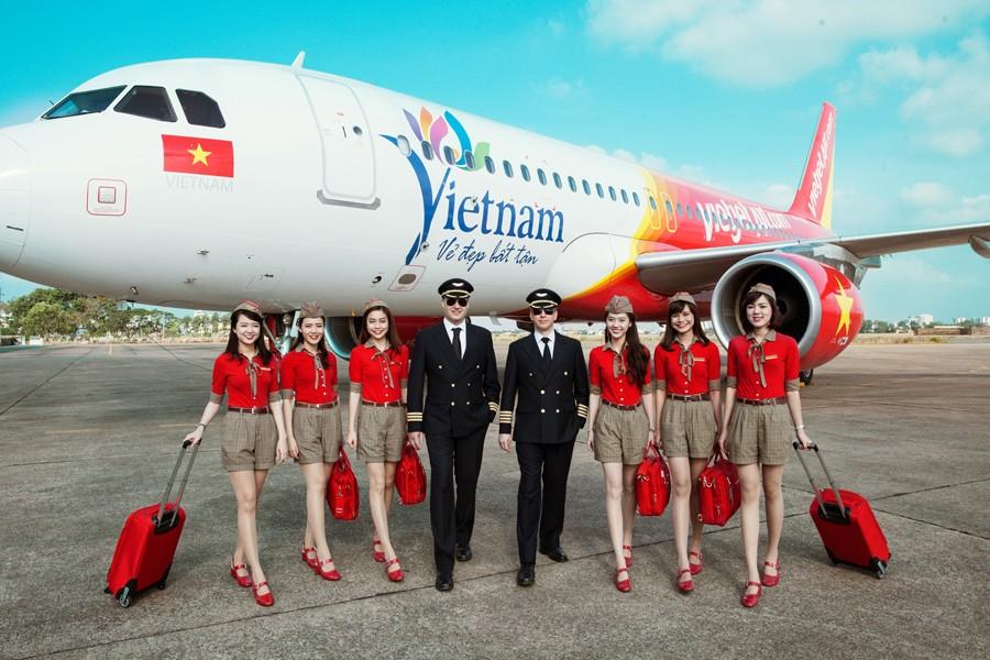 Kết quả 2 quý, Vietjet lỗ vận chuyển hàng không 2.111 tỷ, lợi nhuận hợp nhất 73 tỷ, tăng tích luỹ tiền mặt