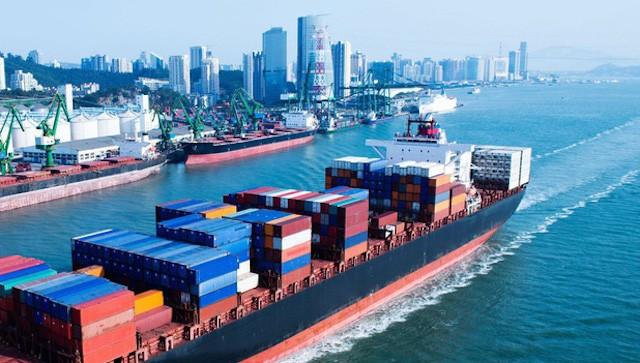 Thủ tướng chỉ đạo xử lý việc giá cước tàu biển tăng phi mã
