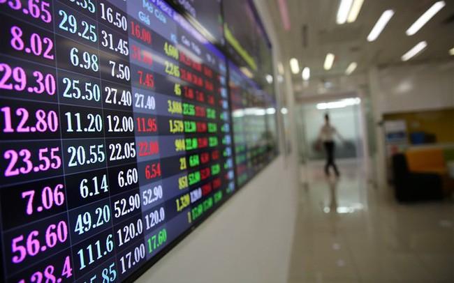 Thị trường chứng khoán không còn rẻ, nghẽn, đơ lệnh ám ảnh nhà đầu tư