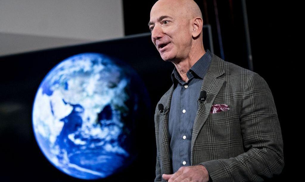 Tỷ phú Jeff Bezos giải ngân quỹ 10 tỷ USD cho tổ chức nào?