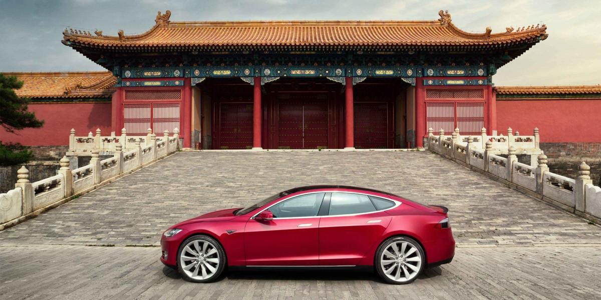 Vì sao doanh số xe Tesla giảm sốc ở Trung Quốc?