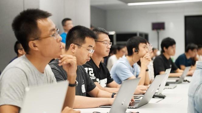 Huawei treo thưởng lớn để thi viết ứng dụng cho hệ sinh thái mới