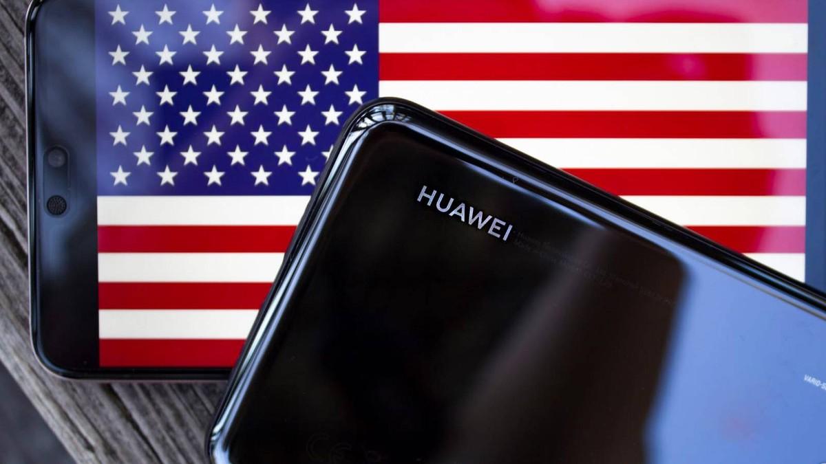 Huawei sống chung với lệnh cấm của Mỹ thế nào khi doanh thu smartphone giảm 40 tỷ USD năm 2021?
