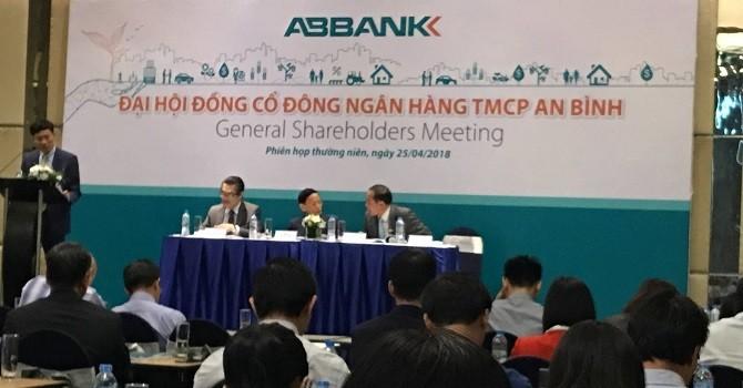 ĐHĐCĐ ABBANK: Sẽ niêm yết cổ phiếu trên HOSE, ông Vũ Văn Tiền thôi làm Chủ tịch
