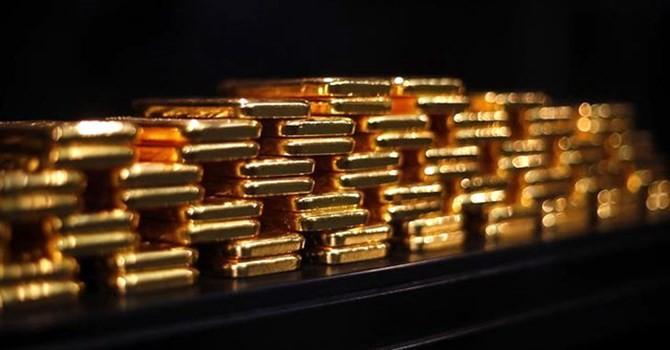 Tài chính tuần qua: Cố huy động vàng, thị trường sẽ bất ổn?
