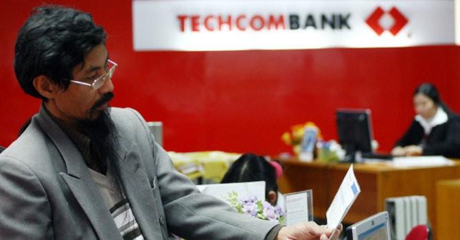 """Tài chính 24h: Cổ đông Techcombank nhận """"quả đắng"""""""