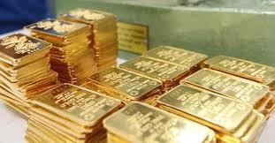 Vàng SJC đắt hơn vàng thế giới hơn 4 triệu đồng/lượng